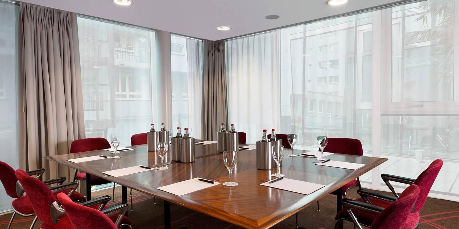 Design hotel astoria in luzern schweiz for Design hotel astoria